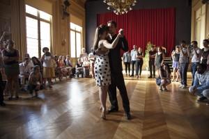 Stage de Tango Argentin: les tours @ Asiem - Salle 2016 | Paris | Île-de-France | France